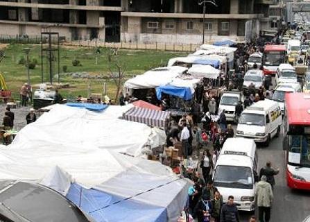 صورة-للبسطات-في-شارع-الثورة-وسط-دمشق